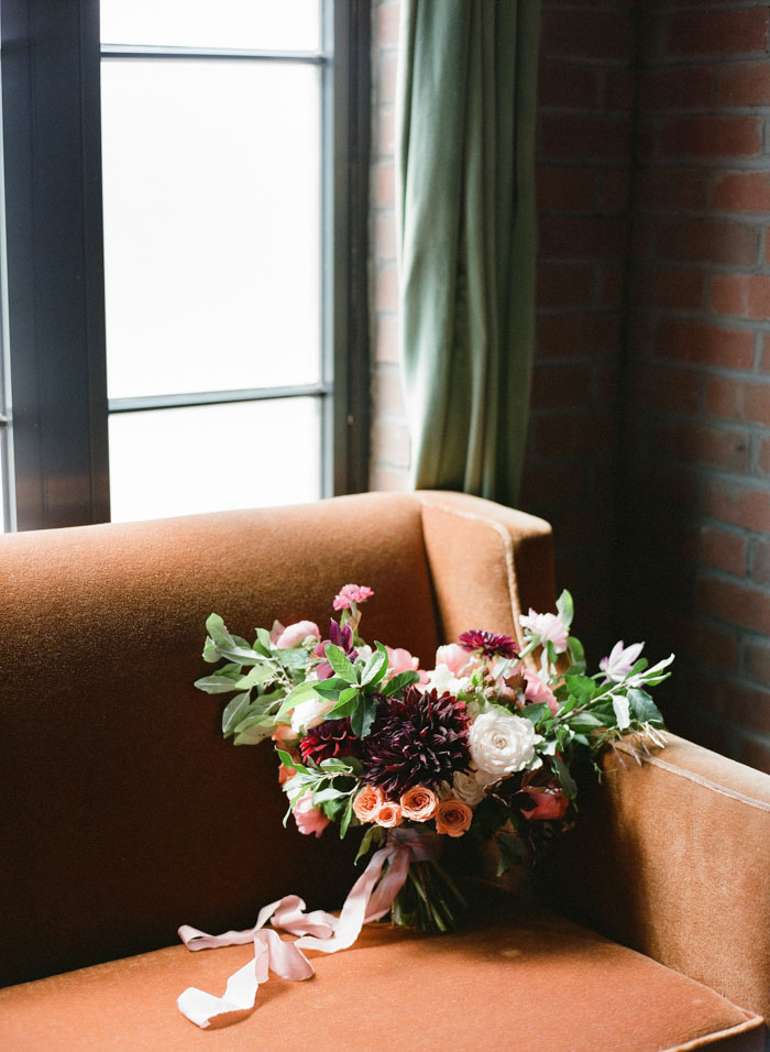 the-bowery-hotel-new-york-dahlia-wedding-red-inspiration06