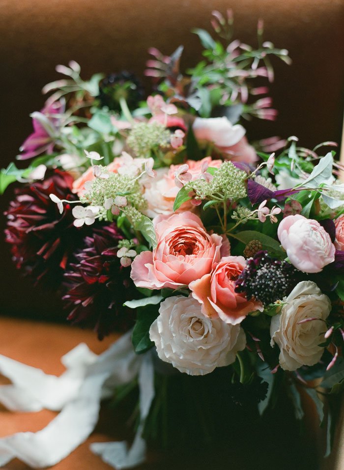 the-bowery-hotel-new-york-dahlia-wedding-red-inspiration07