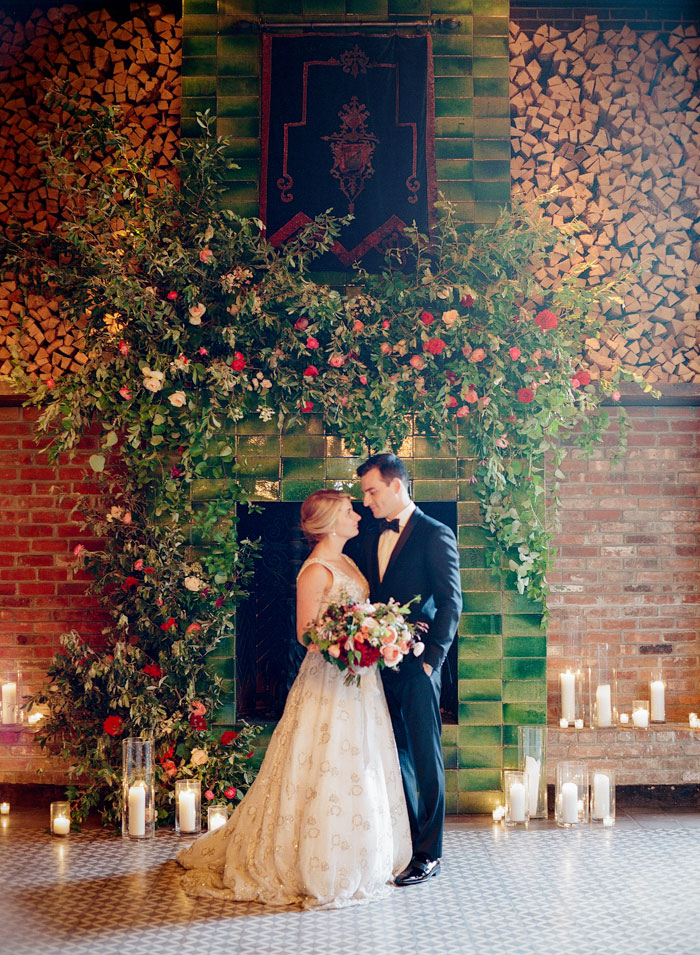 the-bowery-hotel-new-york-dahlia-wedding-red-inspiration39