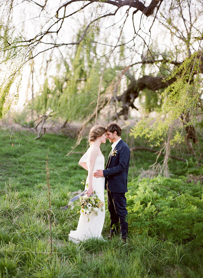 Intimate-Countryside-Styled-Shoot-wedding-inspiration35