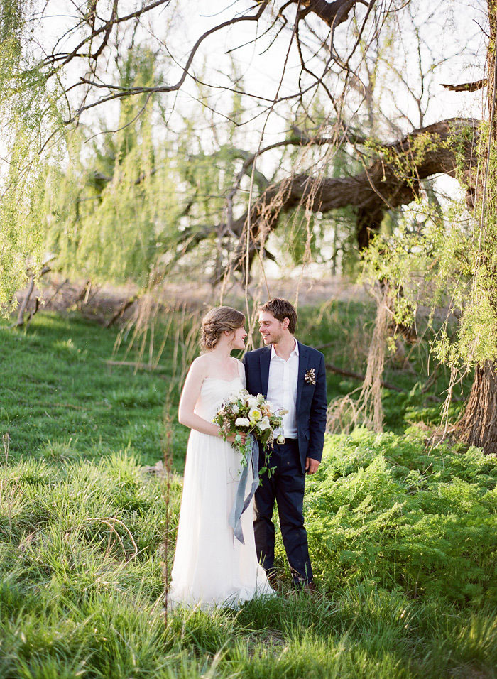 Intimate-Countryside-Styled-Shoot-wedding-inspiration36