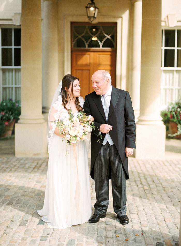 Oxfordshire-private-estate-english-garden-wedding-inspiration18