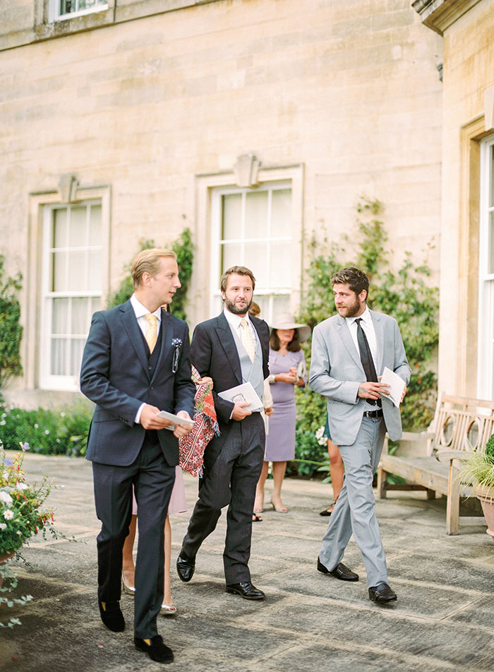 Oxfordshire-private-estate-english-garden-wedding-inspiration23