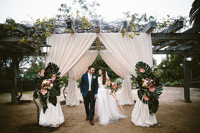 Santa-Barbara-Historical-Museum-tropical-floral-wedding-inspiration31
