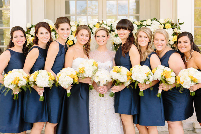 belle-mead-country-club-nashville-yellow-umbrella-wedding14