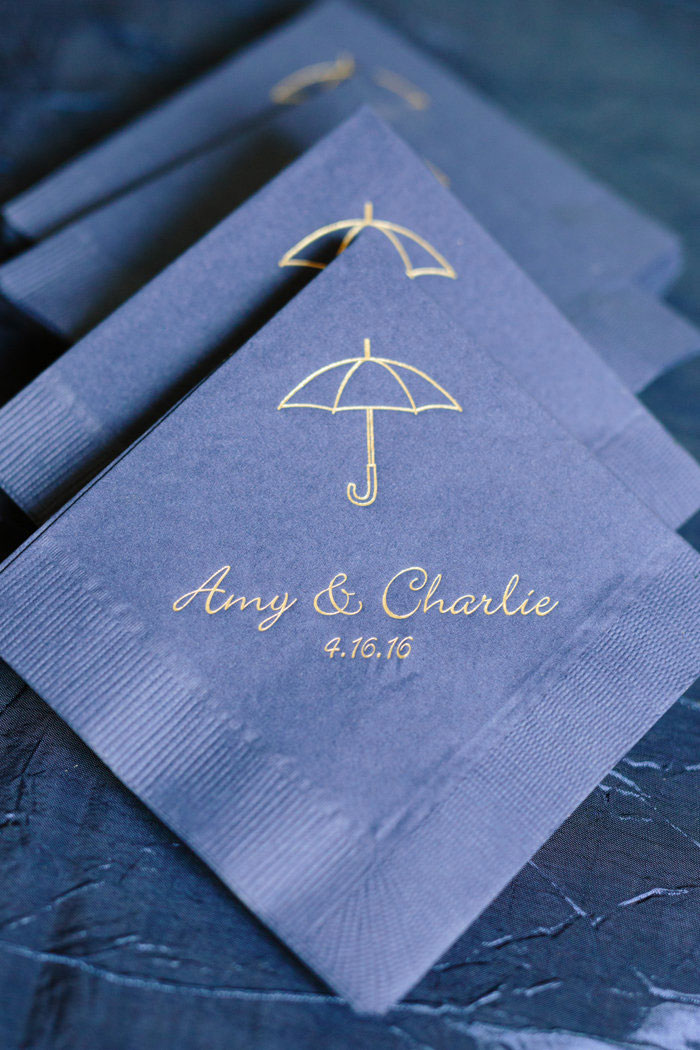 belle-mead-country-club-nashville-yellow-umbrella-wedding39