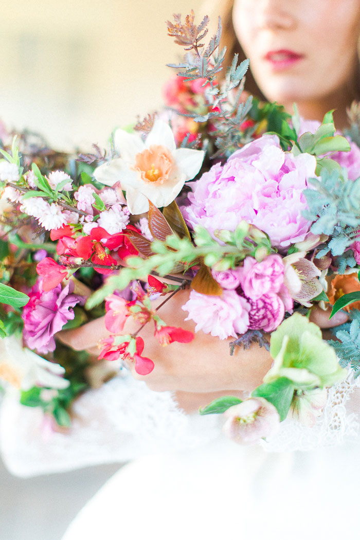 colorful-spring-bloom-farm-wedding-inspiration29