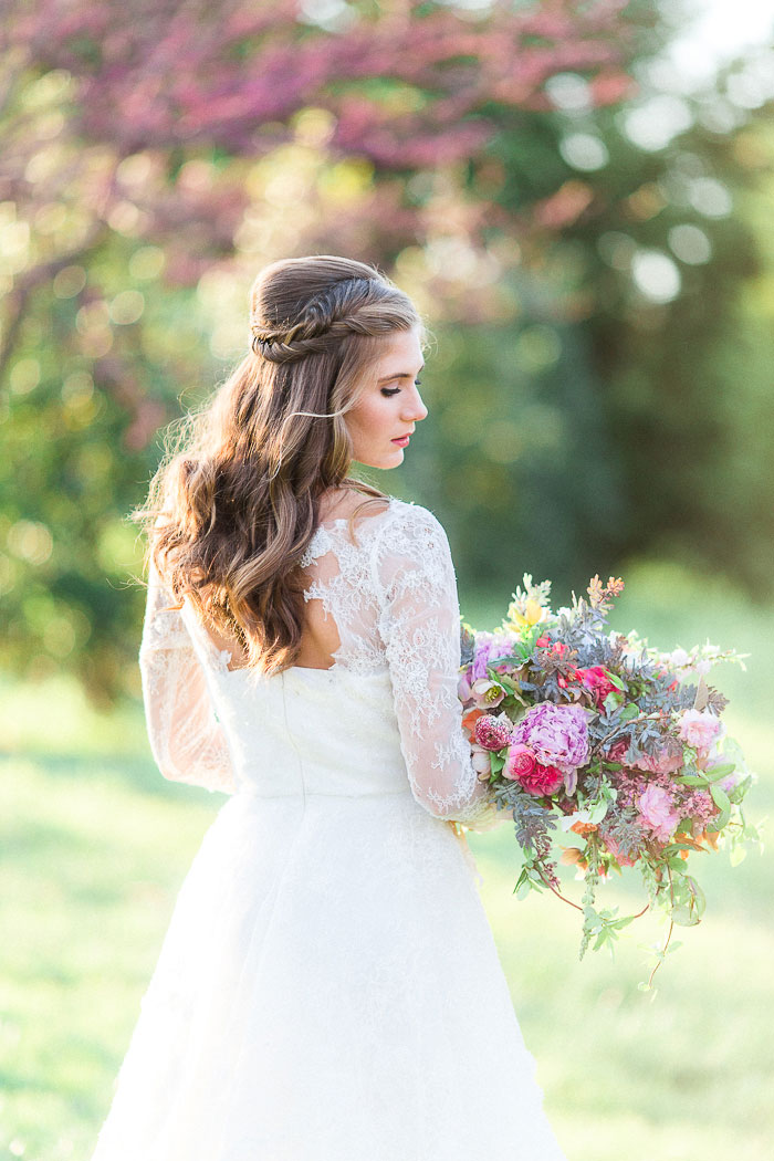 colorful-spring-bloom-farm-wedding-inspiration33