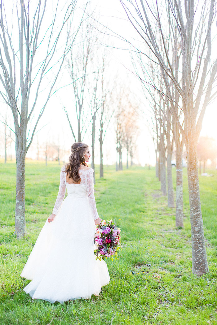 colorful-spring-bloom-farm-wedding-inspiration40