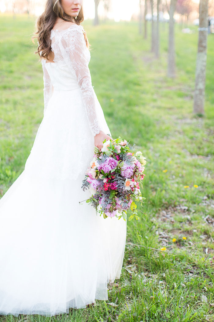 colorful-spring-bloom-farm-wedding-inspiration41
