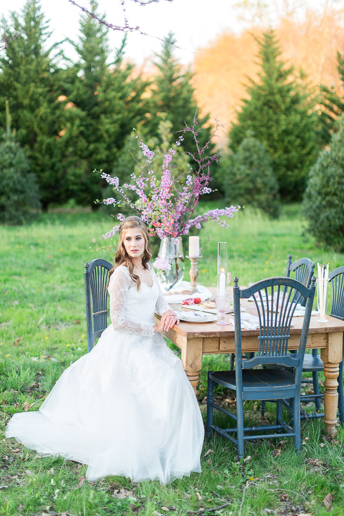 colorful-spring-bloom-farm-wedding-inspiration45
