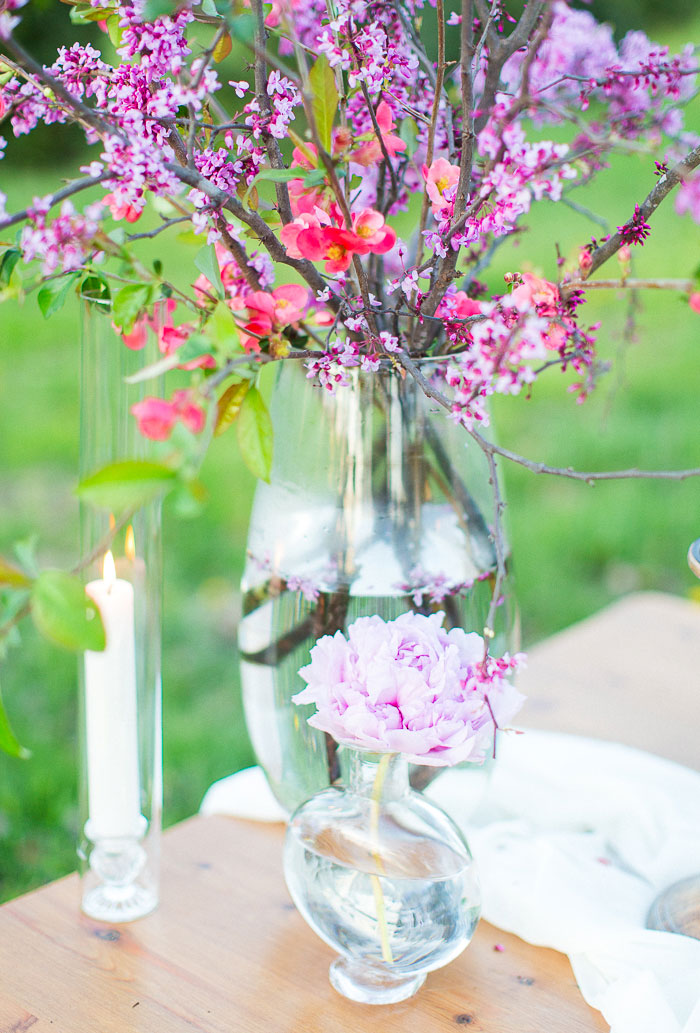 colorful-spring-bloom-farm-wedding-inspiration51
