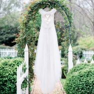 Elegance in the Garden inspiration shoot