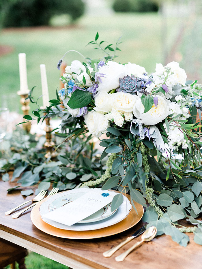 elegant-garden-inspiration-shoot-lavender-rustic08