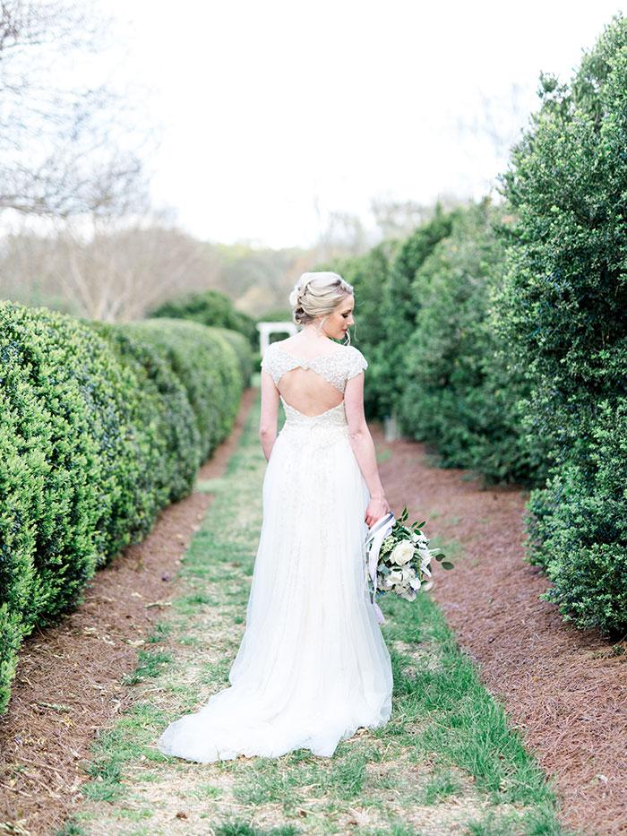 elegant-garden-inspiration-shoot-lavender-rustic18