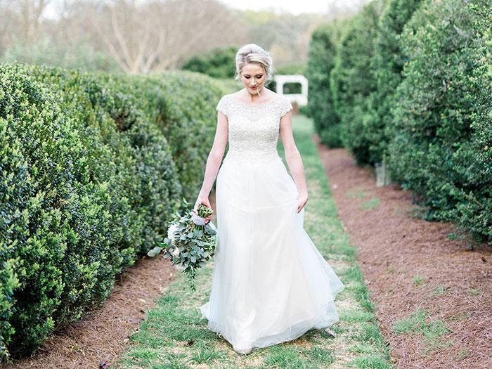 elegant-garden-inspiration-shoot-lavender-rustic21
