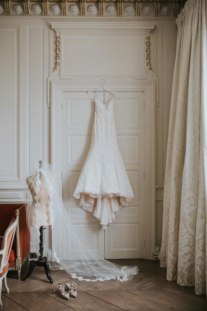 french-chateau-peach-vintage-wedding-inspiration10