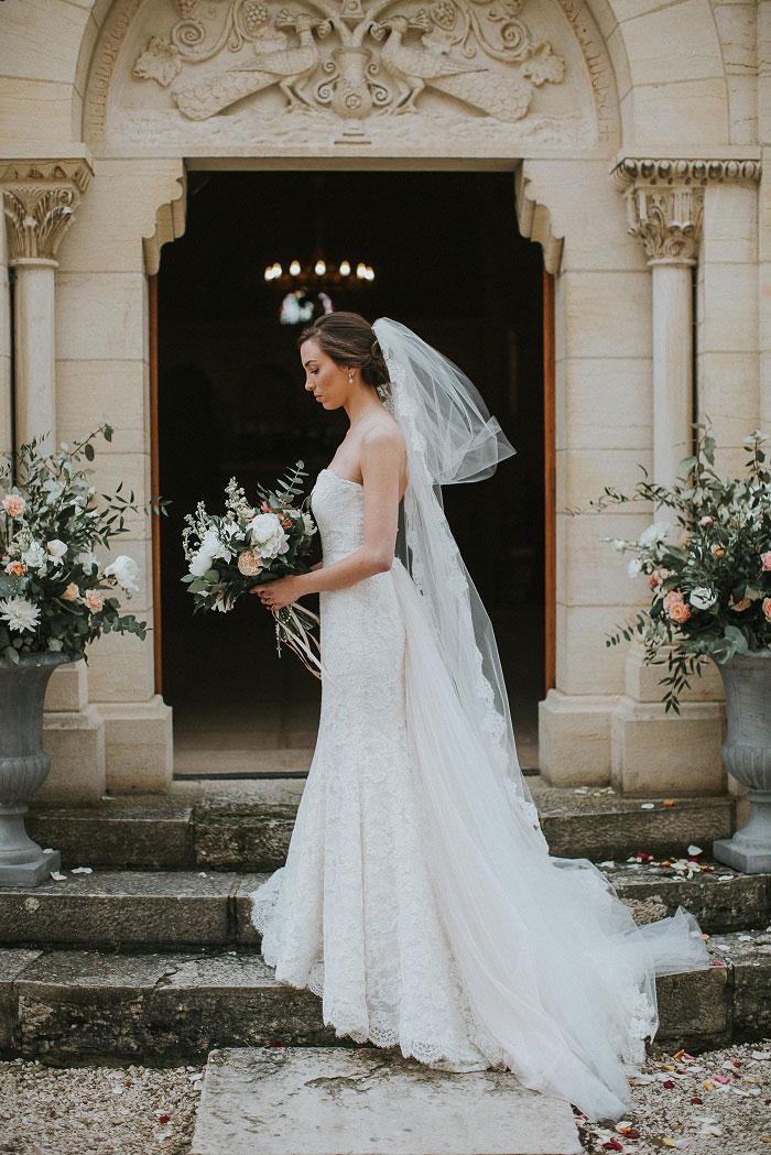 french-chateau-peach-vintage-wedding-inspiration27