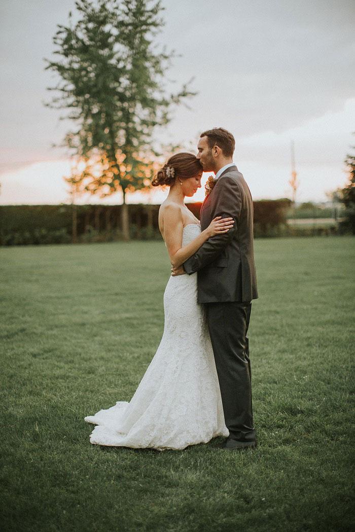 french-chateau-peach-vintage-wedding-inspiration52