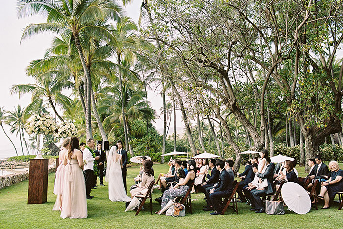 glam-oahu-wedding-beachfront-pink-inspiration20