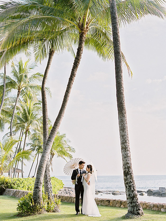 glam-oahu-wedding-beachfront-pink-inspiration30