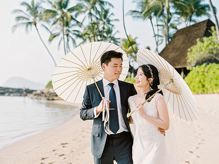 glam-oahu-wedding-beachfront-pink-inspiration31