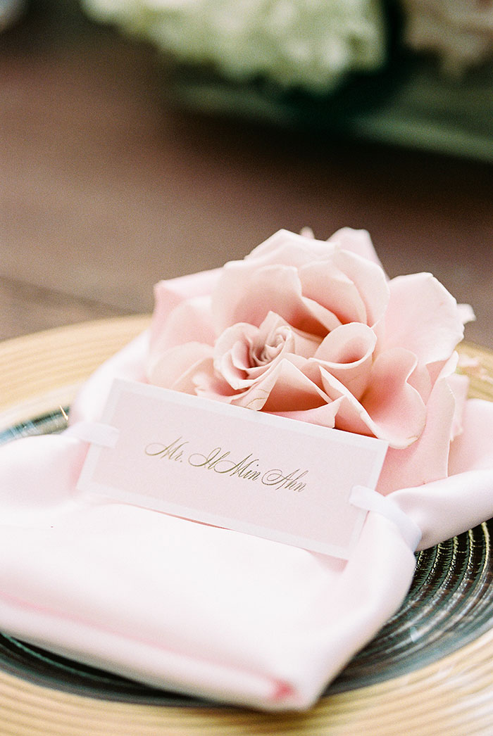 glam-oahu-wedding-beachfront-pink-inspiration41