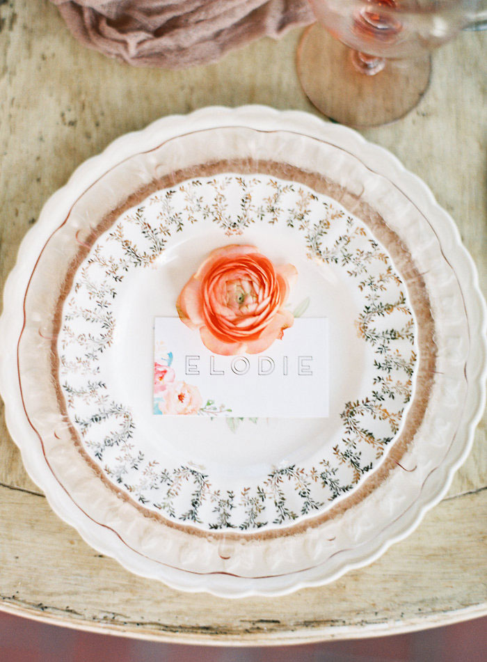 italian-summer-villa-peach-chartruese-wedding-inspiration00