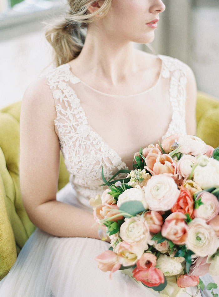 italian-summer-villa-peach-chartruese-wedding-inspiration54