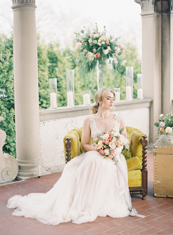 italian-summer-villa-peach-chartruese-wedding-inspiration56