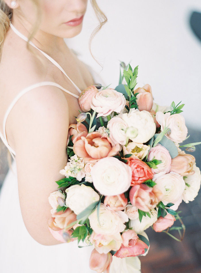 italian-summer-villa-peach-chartruese-wedding-inspiration63