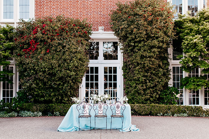 kohl-mansion-old-world-blue-wedding-inspiration00