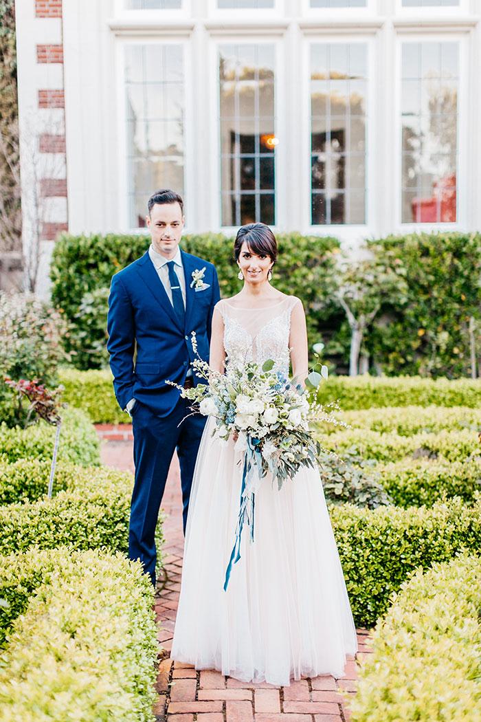 kohl-mansion-old-world-blue-wedding-inspiration13