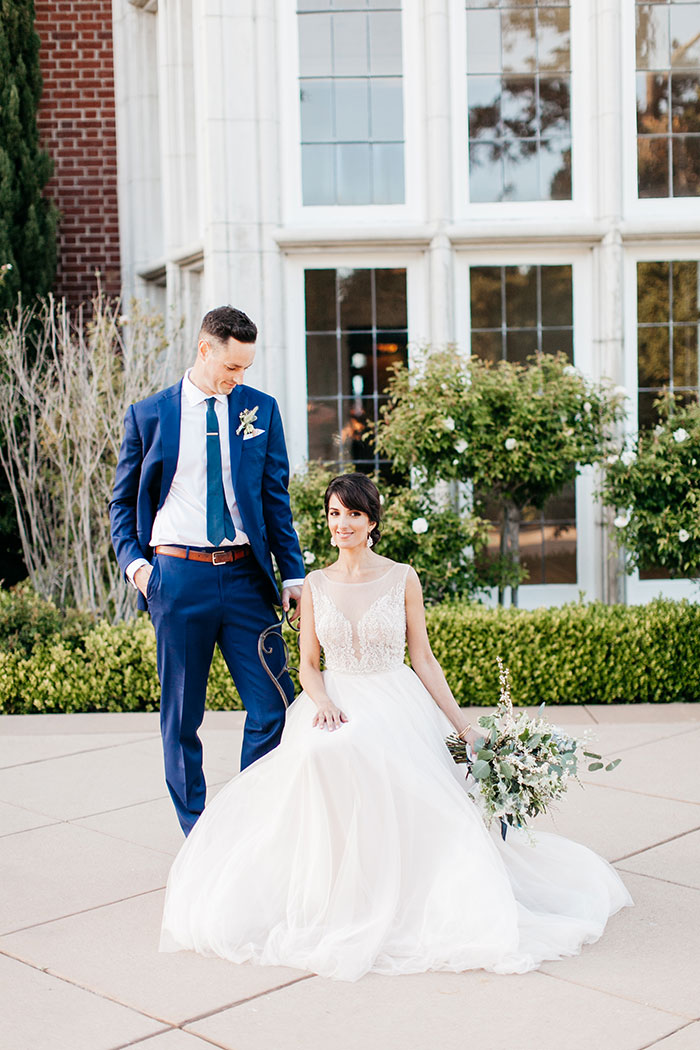 kohl-mansion-old-world-blue-wedding-inspiration34