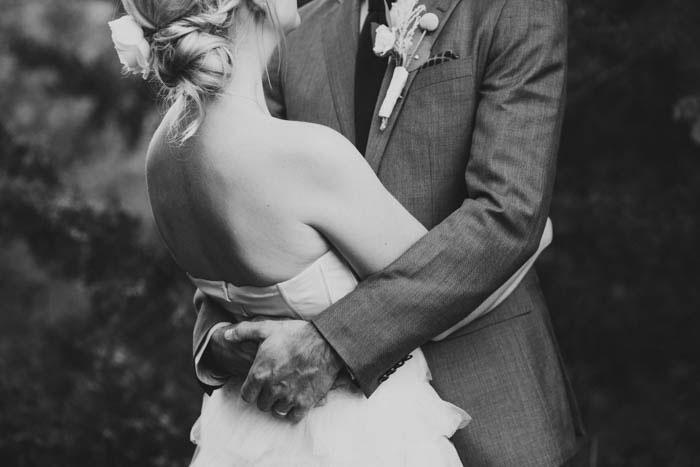 oklahoma-ranch-rustic-backyard-wedding-inspiration41