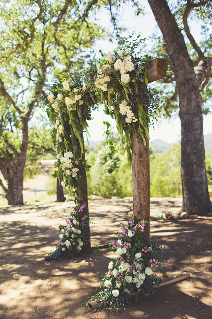 spanish-oaks-ranch-summer-garden-picinic-wedding-inspiration18