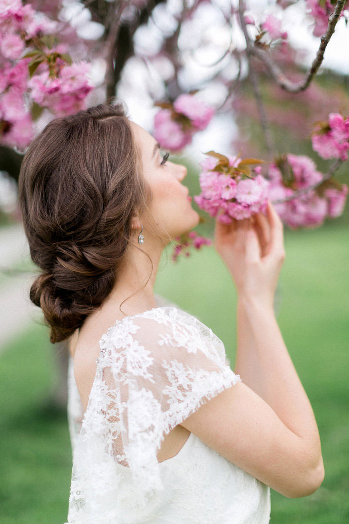 spring-pink-blossoms-ethereal-inspiration-shoot30