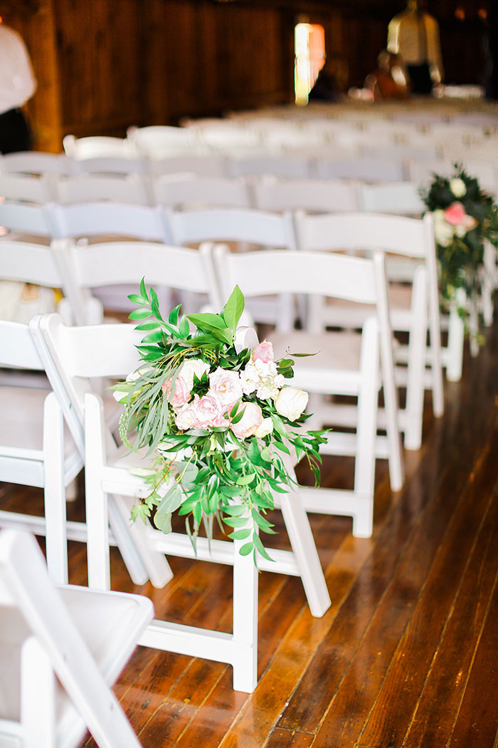 crooked-willow-farms-red-barn-colorado-pink-wedding-inspiration16
