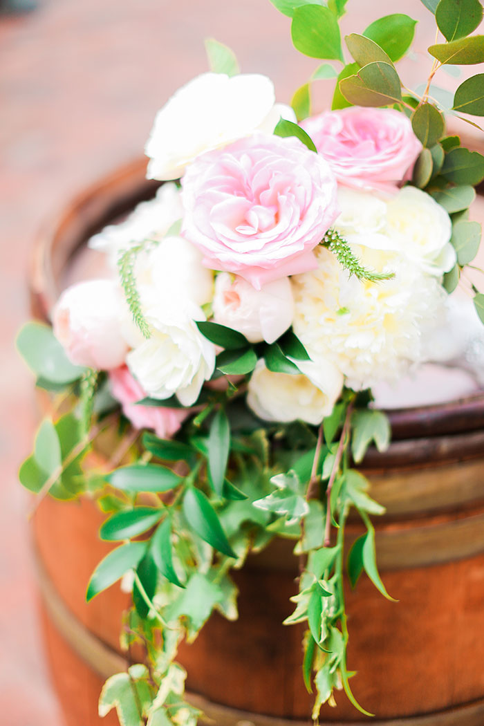 crooked-willow-farms-red-barn-colorado-pink-wedding-inspiration17