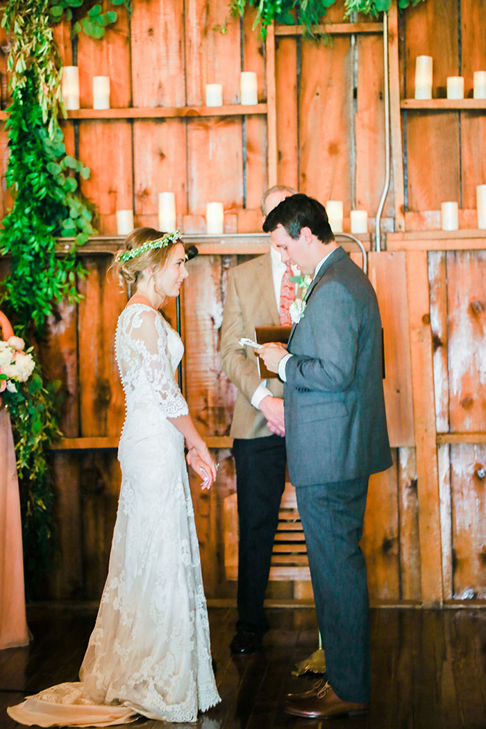 crooked-willow-farms-red-barn-colorado-pink-wedding-inspiration21