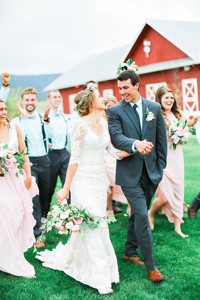 crooked-willow-farms-red-barn-colorado-pink-wedding-inspiration24