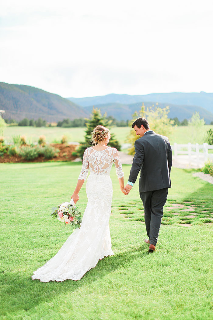 crooked-willow-farms-red-barn-colorado-pink-wedding-inspiration31