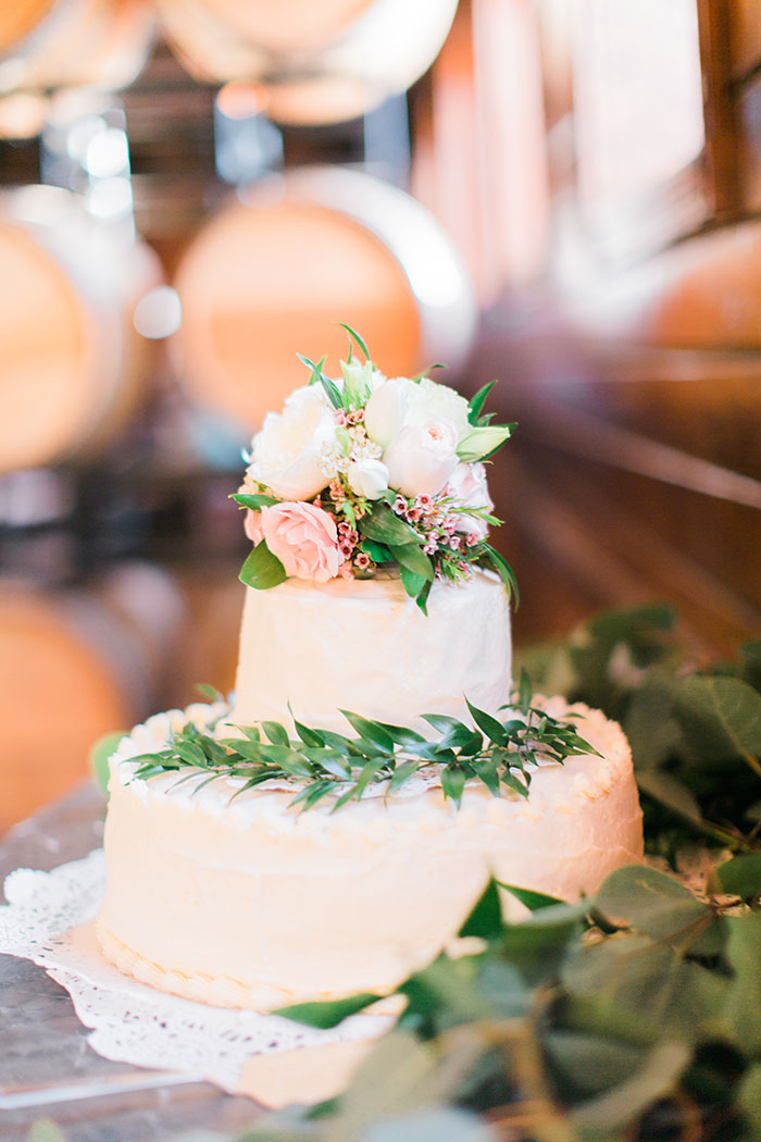 crooked-willow-farms-red-barn-colorado-pink-wedding-inspiration41