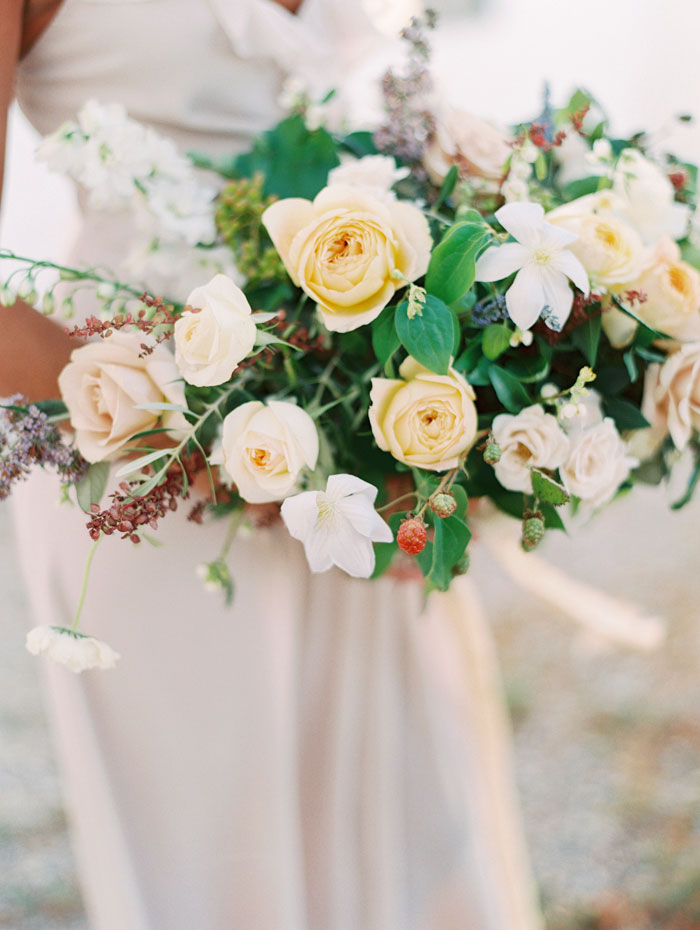 organic-vineyard-elopement-inspiration-shoot-09