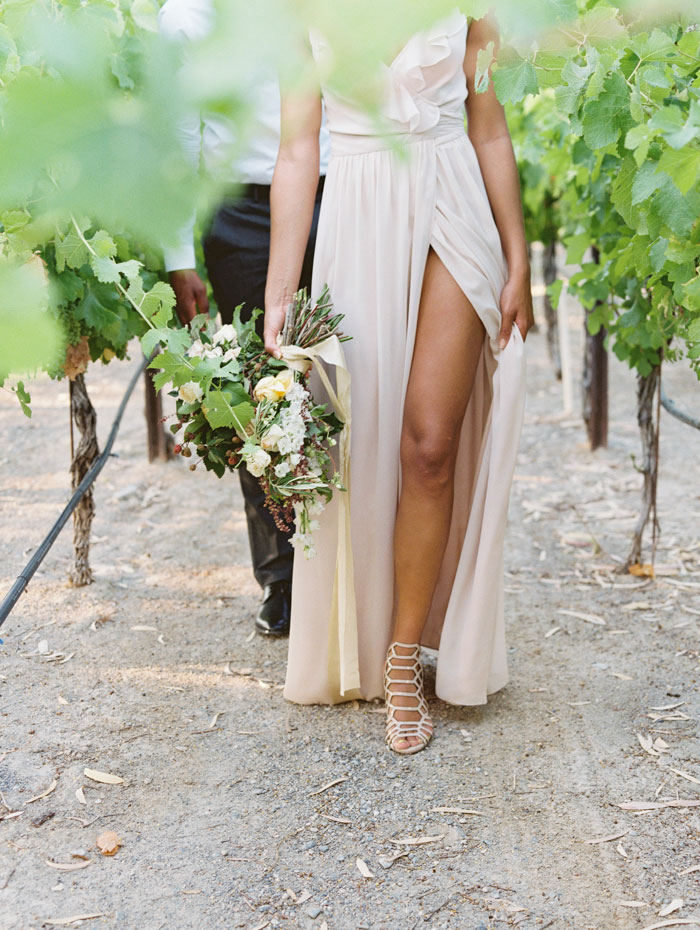organic-vineyard-elopement-inspiration-shoot-27