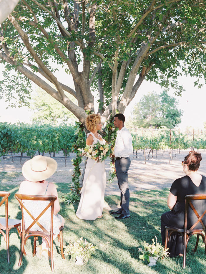 organic-vineyard-elopement-inspiration-shoot-30
