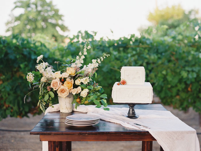 organic-vineyard-elopement-inspiration-shoot-43