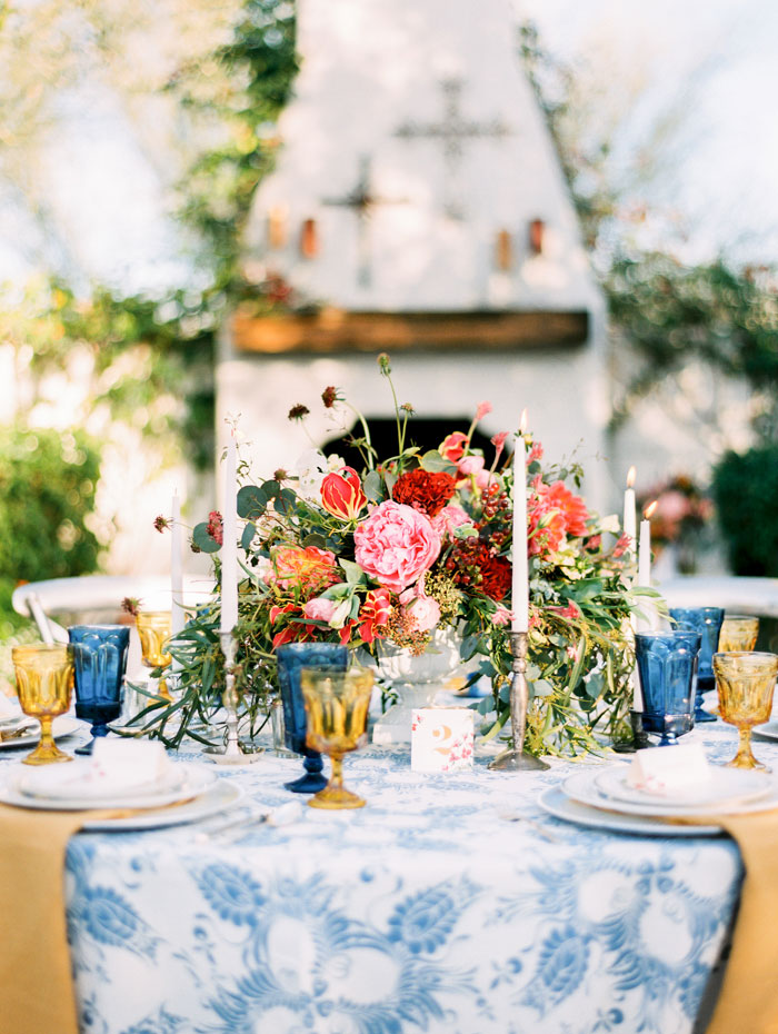 cobalt-colorful-bougainvillea-spanish-romance-wedding-inspiration13