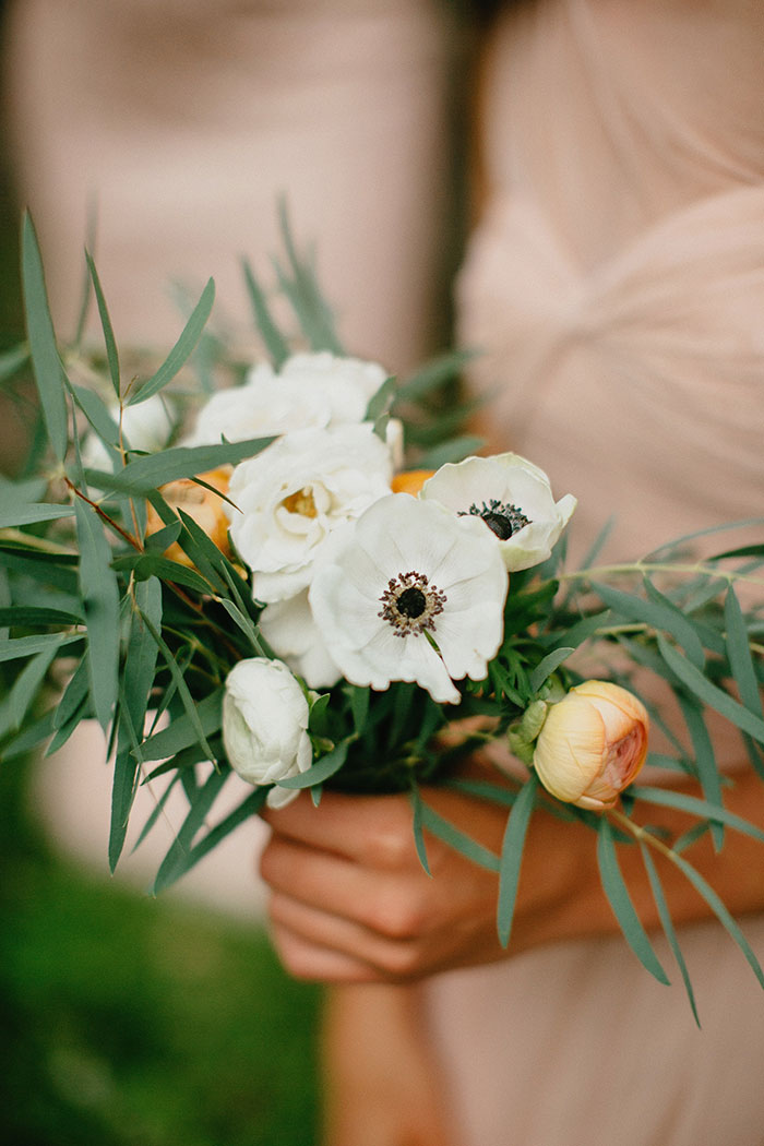 detroit-eco-friendly-gold-animal-forest-lace-wedding-inspiration22