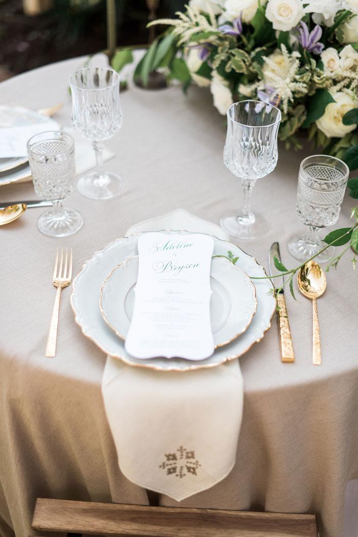 florida-boca-grande-tropical-garden-romantic-wedding-inspiration03